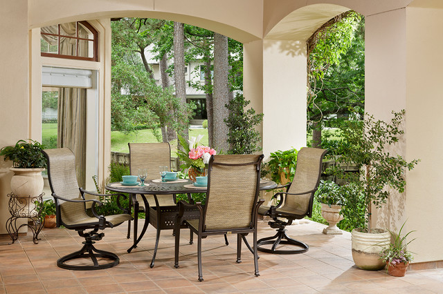 Primera Outdoor Oval Dining Group With Sling Chairs Traditional Patio H