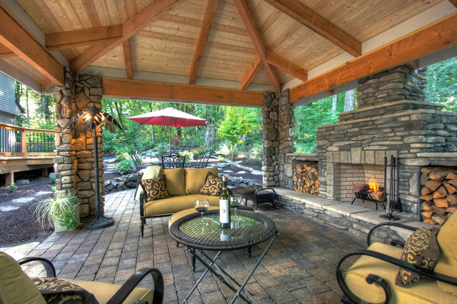 Private paradise portland landscaping rustic patio for Outdoor living space designs