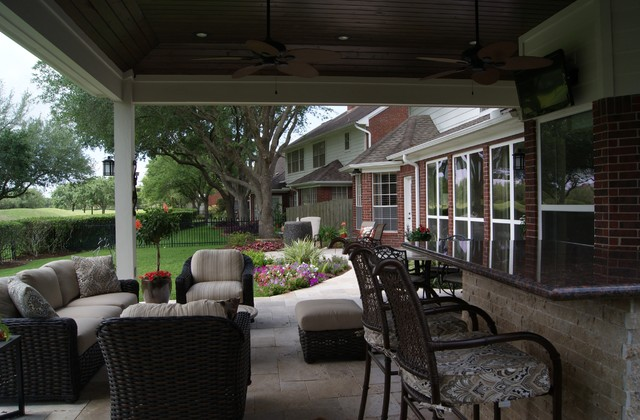 Project of the Month: June 2013 traditional-patio