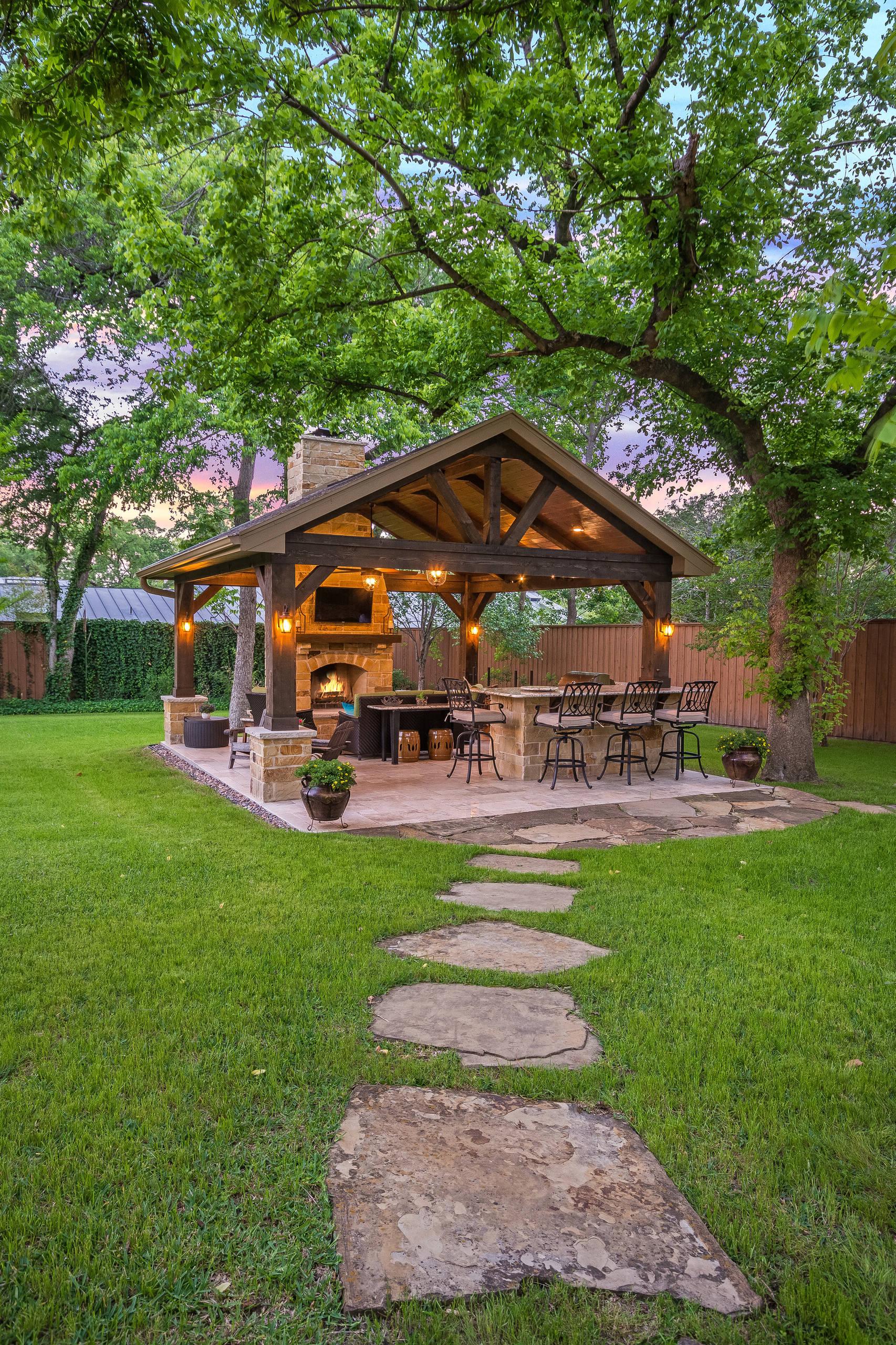 75 Beautiful Backyard Patio Design Ideas Pictures Houzz