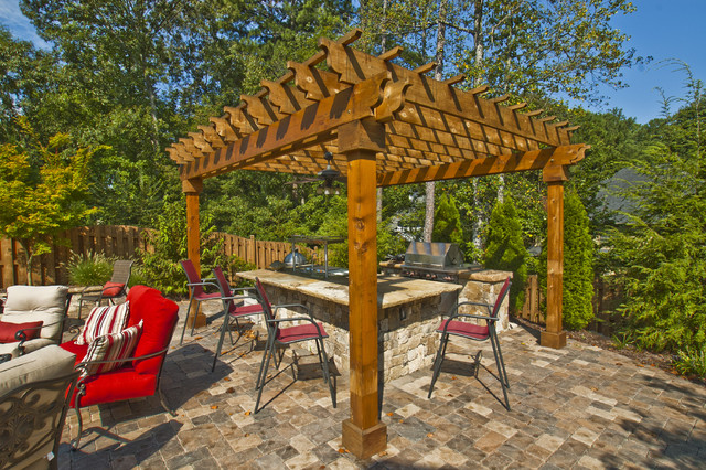 Property Masters traditional-patio