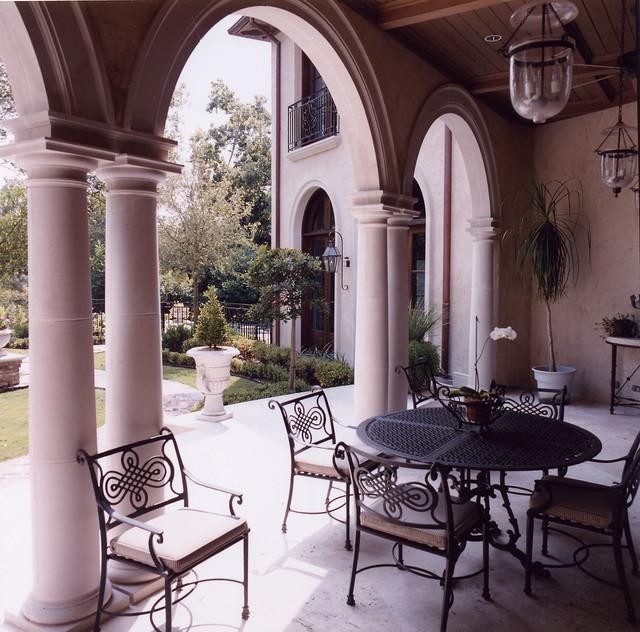 Rainsway traditional-patio