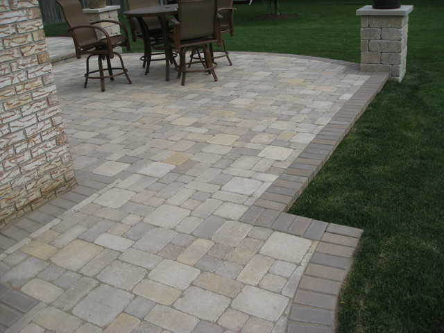 Raised Patios Traditional Patio