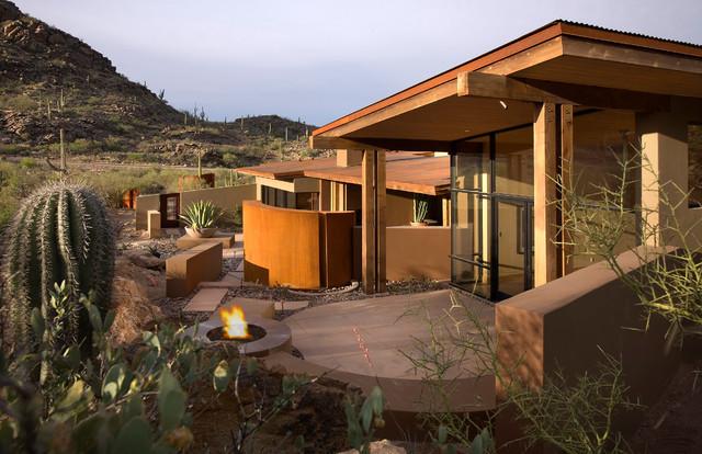Rancho Nuevo southwestern-patio