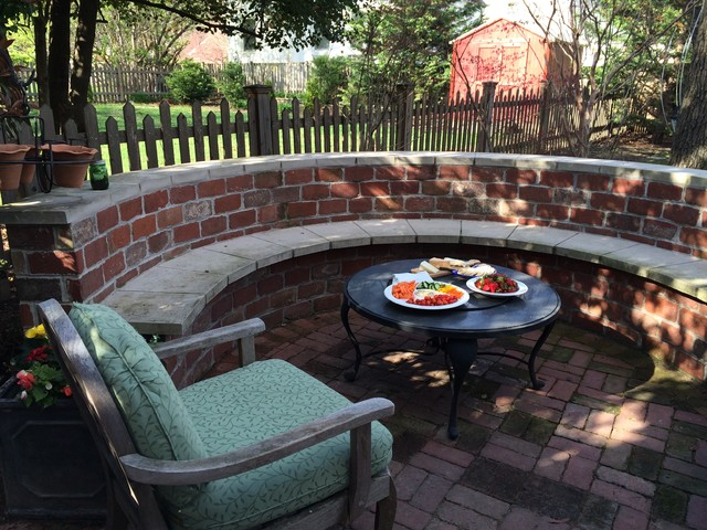Re Purposed Georgetown Brick Traditional Patio Dc Metro By Blue House Gardens