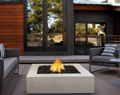 Real Flame Mezzo Square Propane Fire Table contemporary-fire-pits