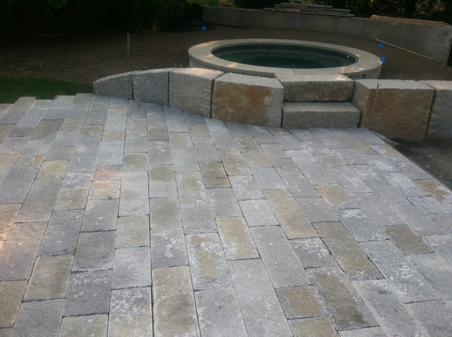 Reclaimed Franconia Notch Granite Pavers Traditional