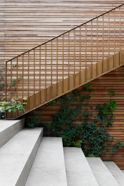 Redcliffe road contemporary patio london by for Red landscape architects
