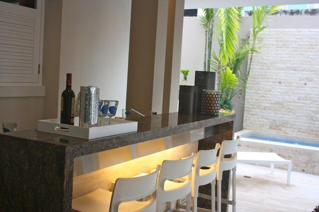 Residence @ Ocean Park, San Juan tropical-patio