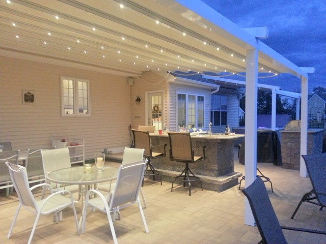 Beautiful Residential Waterproof Retractable Patio Awning Traditional Patio