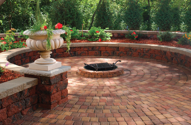 Retaining Walls Traditional Patio Minneapolis By
