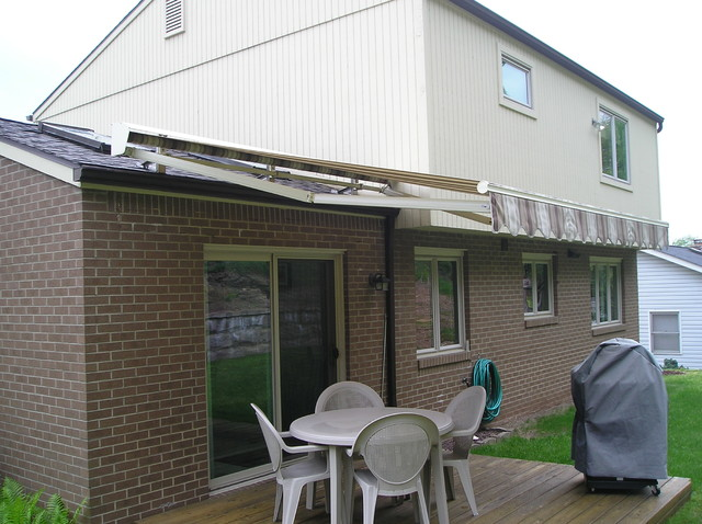 Retractable Awning Roof Mount - Traditional - Patio ...