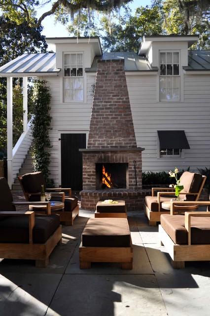 Robbins Garden traditional-patio