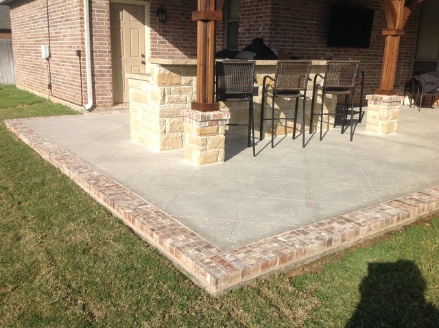 Rock Salt Finish Concrete W/Brick Border Craftsman Patio