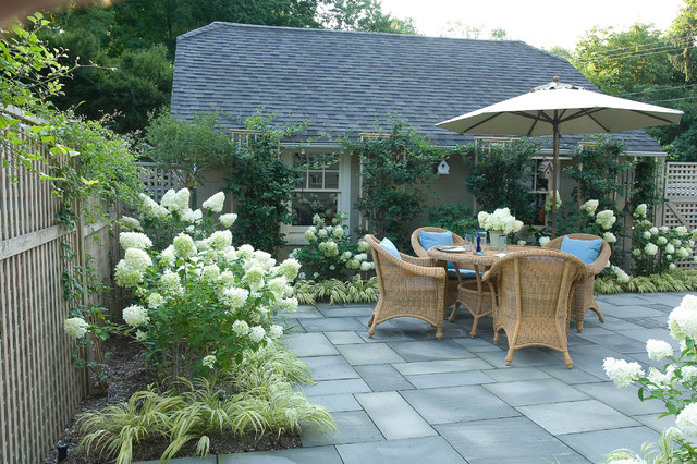 Romantic tarrytown terrace traditional patio new for Small townhouse garden design ideas