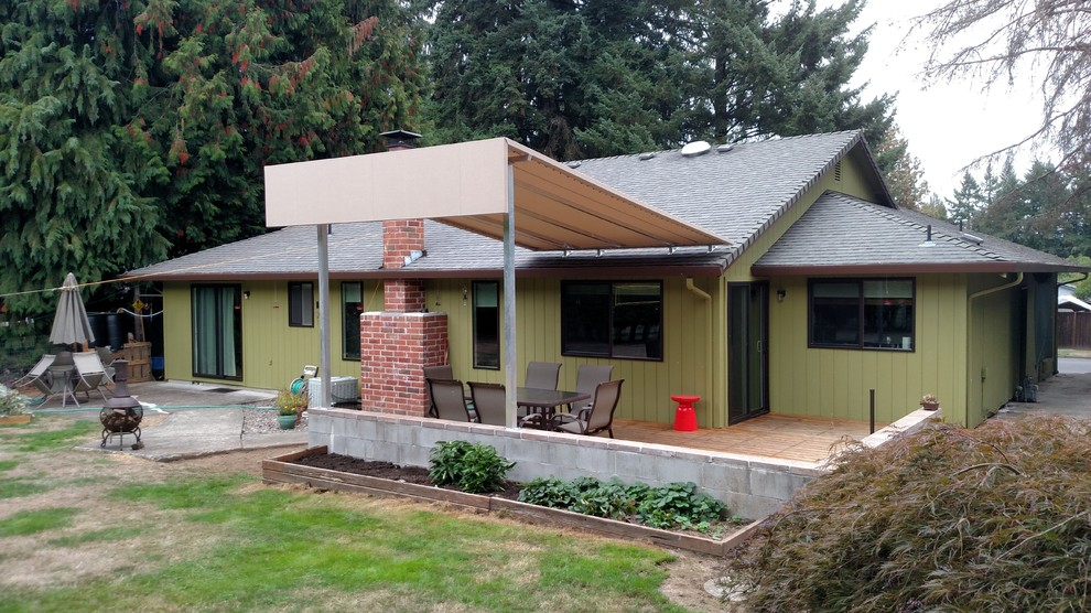 Roof mounted awing with large flat face - Traditional ...