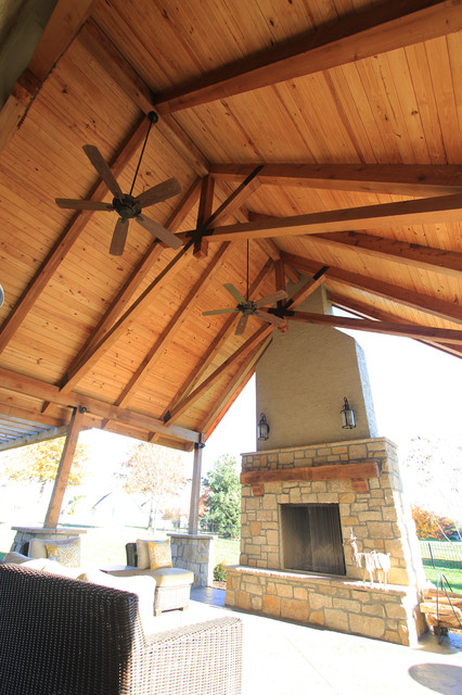 Roof structure fireplace grill station contemporary for Outdoor kitchen roof structures