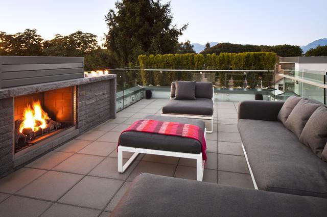 Roof Top Deck modern-patio