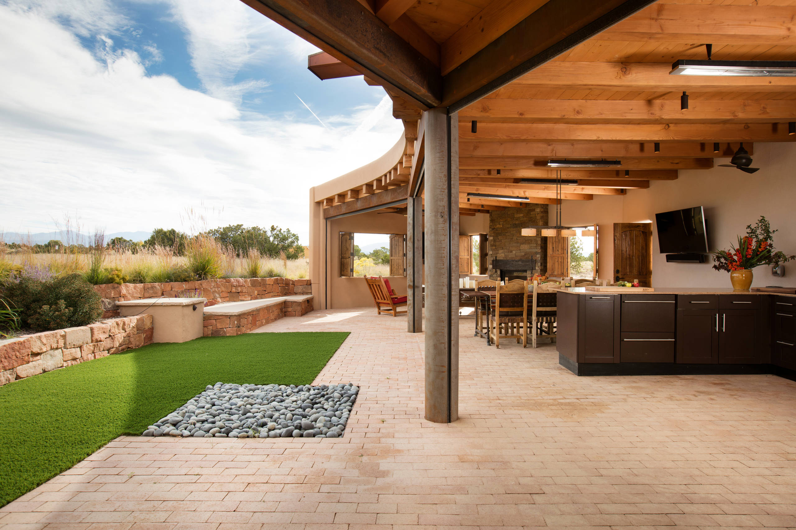 Room with a View: Outdoor Lounge and Kitchen