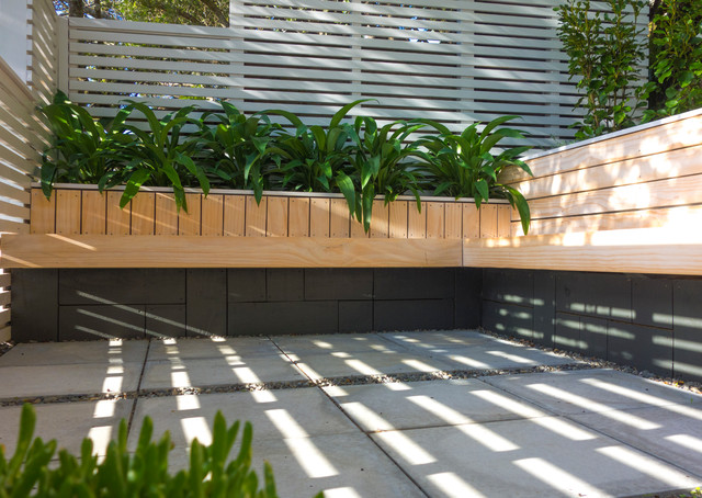 Roseneath Patio Contemporary Patio Wellington By