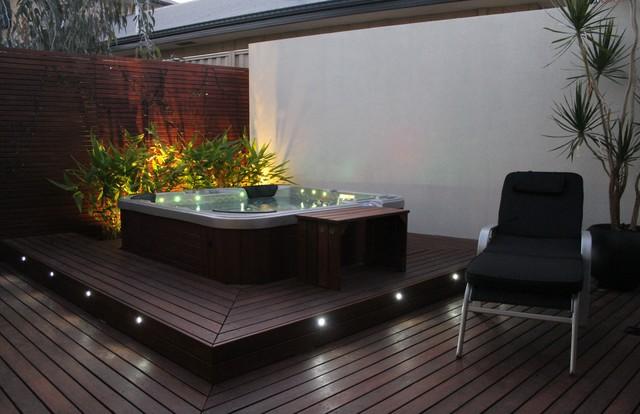 Rotary Place contemporary-patio