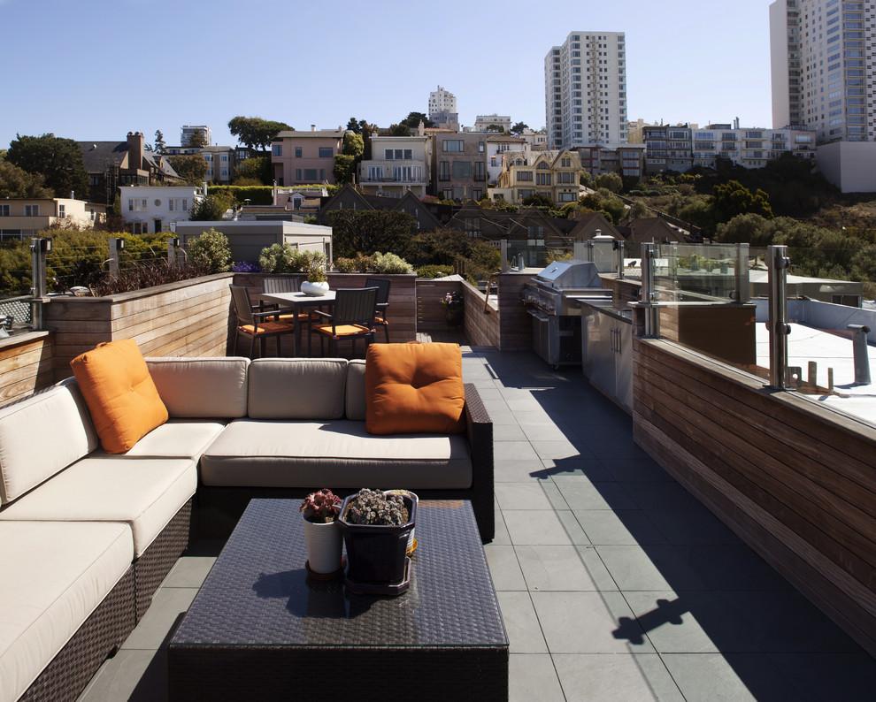 Patio kitchen - contemporary patio kitchen idea in San Francisco