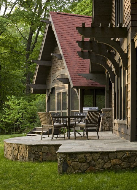 Rustic Cabin traditional patio