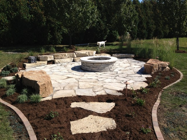 Rustic fire pit patio for Rustic backyard landscaping ideas