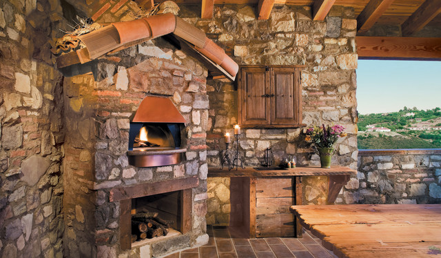 Rustic stone oven for Eldorado outdoor fireplace