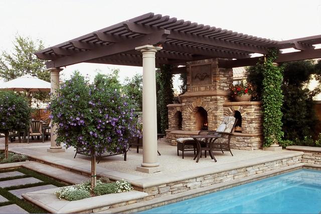 Sanctuary In The City mediterranean-patio