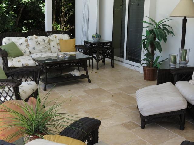 Sanibel Island outdoor living.... tropical-patio