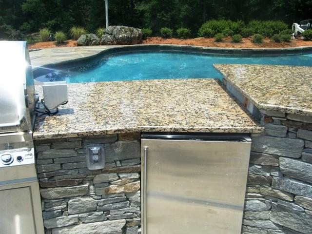 SANTA CECILIA Granite-Outdoor Kitchen Traditional Patio Charlotte & SANTA CECILIA Granite-Outdoor Kitchen - Traditional - Patio ...