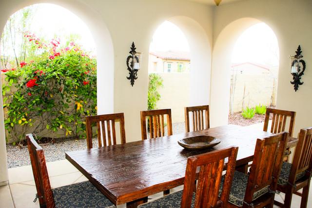 Santaluz Loggia mediterranean-patio