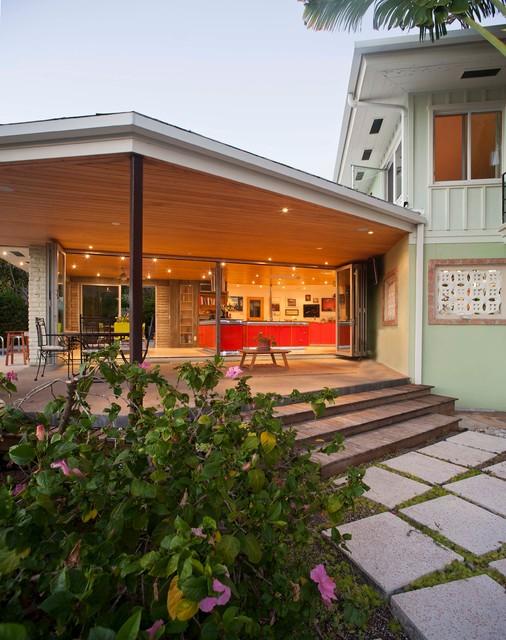 Sarasota Bay St. Renovation modern-deck