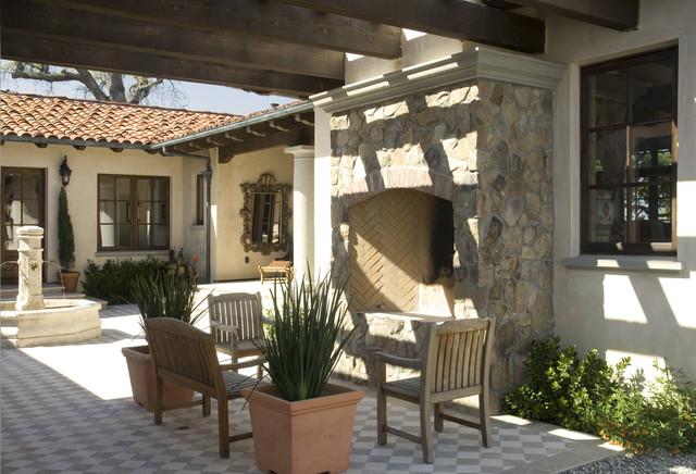 Saunders Residence mediterranean-patio