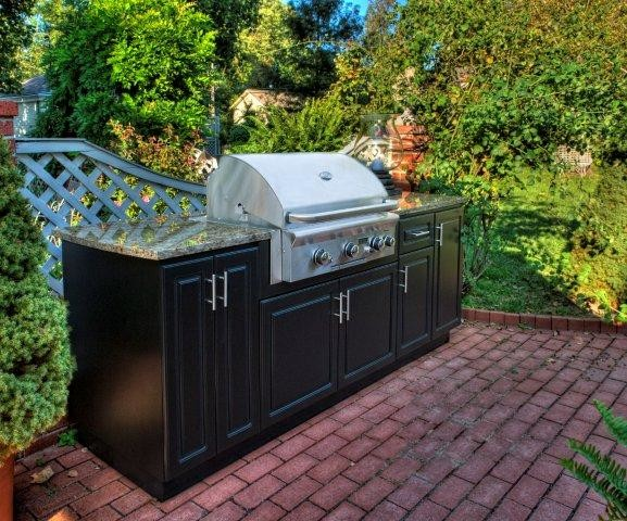 Select outdoor kitchens custom cabinets traditional for Outdoor kitchen units uk