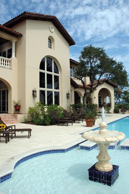 Seven Oaks Residence mediterranean-patio