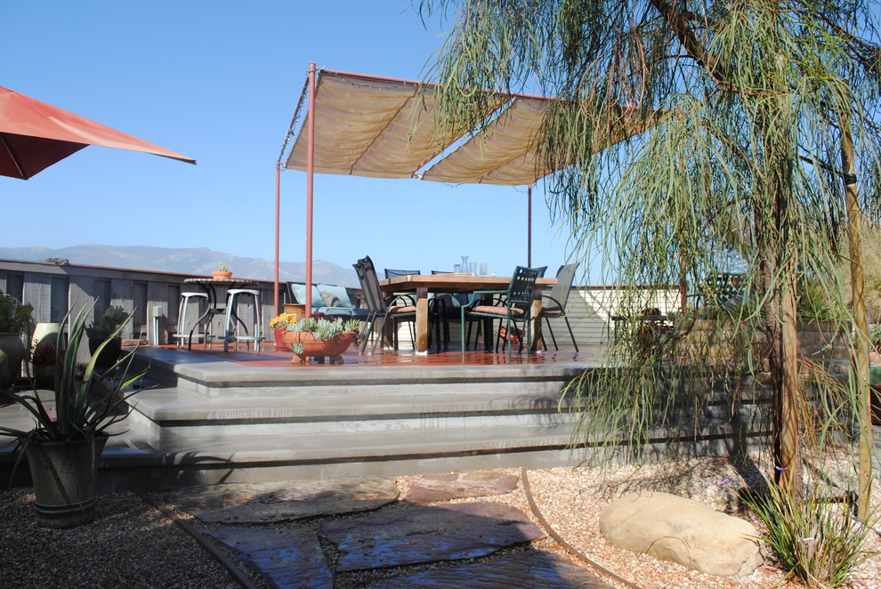 Patio - mid-sized traditional backyard patio idea in Santa Barbara