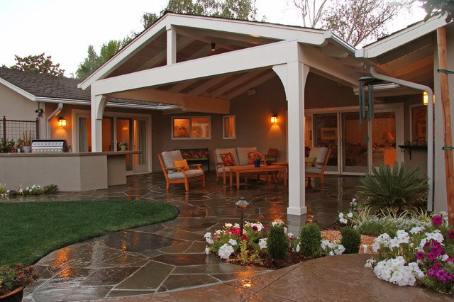 Shelfield Project traditional-patio