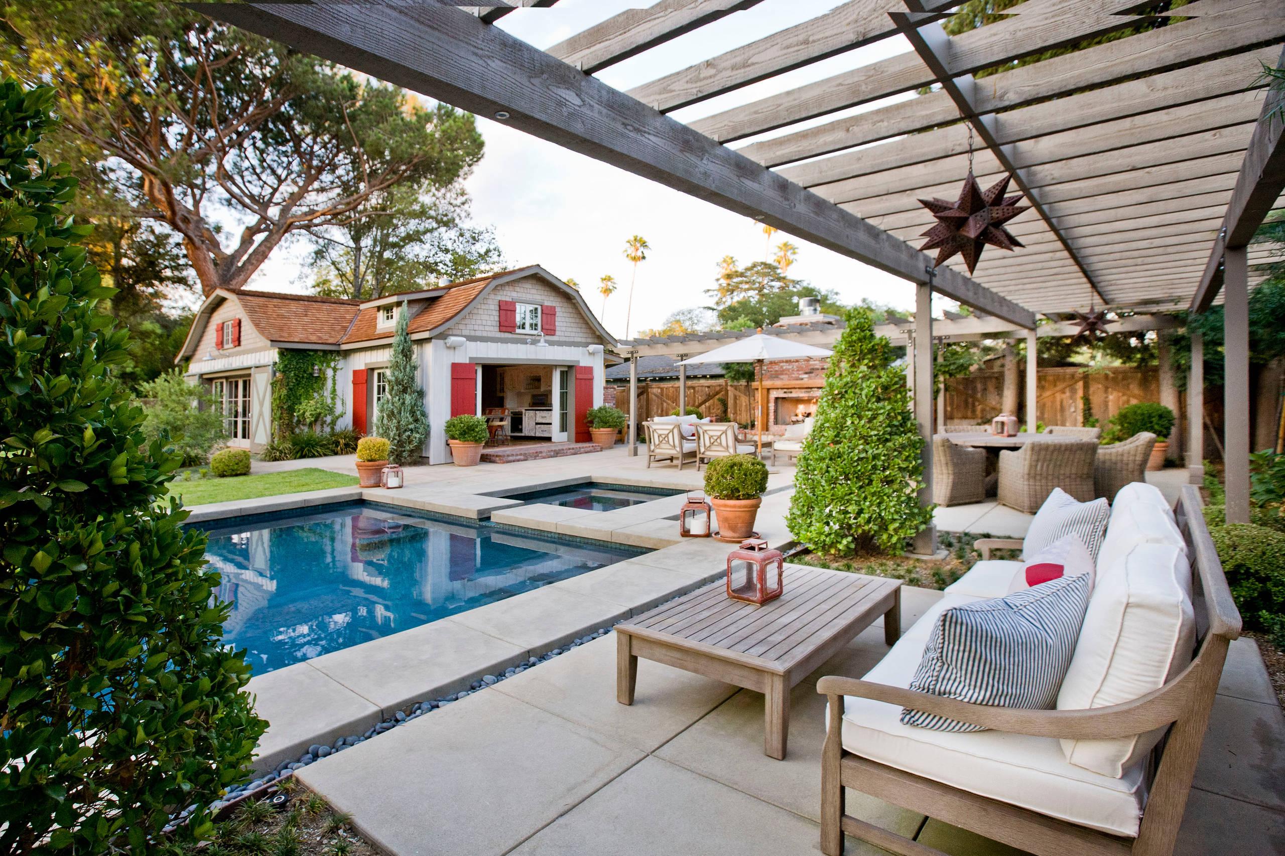 Shingle Style Barn and Poolhouse in Pasadena