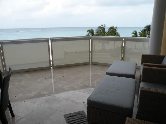 Shoji panels as balcony privacy screens for Balcony privacy