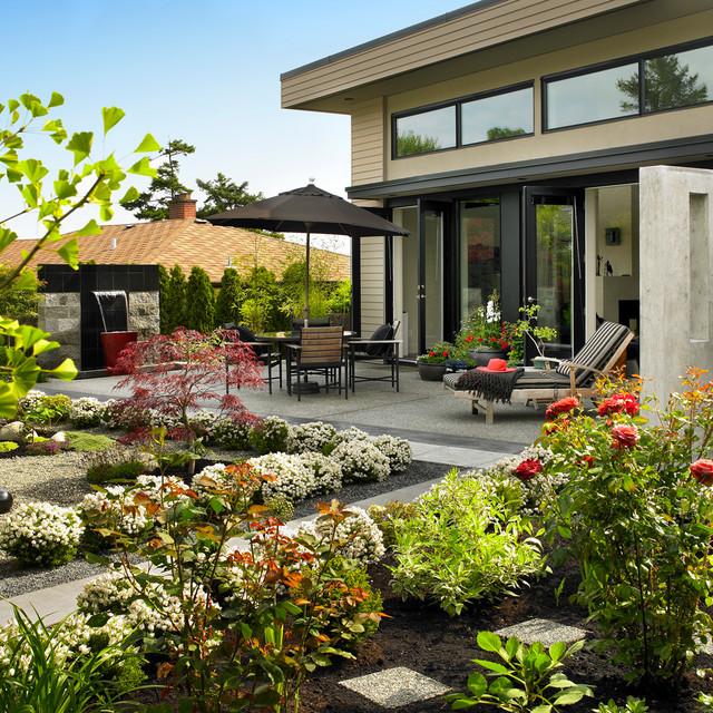 Shore Way contemporary-patio