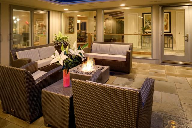Berghoff Residence contemporary-patio