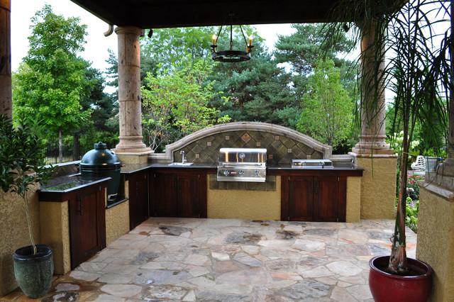 Sienna mediterranean-patio