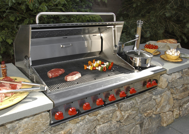 How to Get a BuiltIn Outdoor Grill
