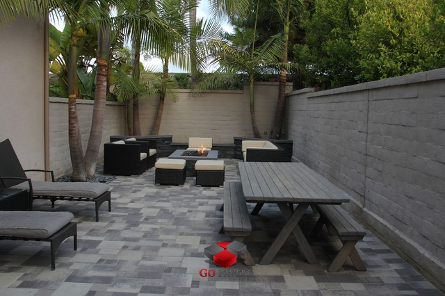 Small backyard patio fire pit planters walls project view 3