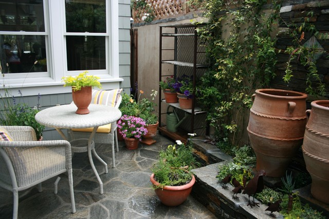 patio by Kelley & Company Home