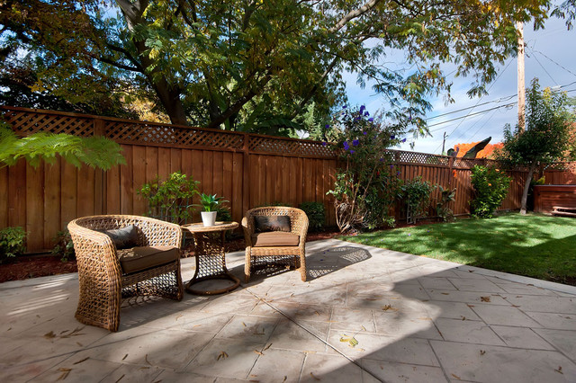 Small Home traditional-patio