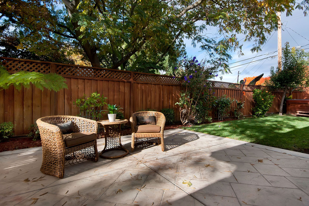 Example of a classic patio design in San Francisco with no cover