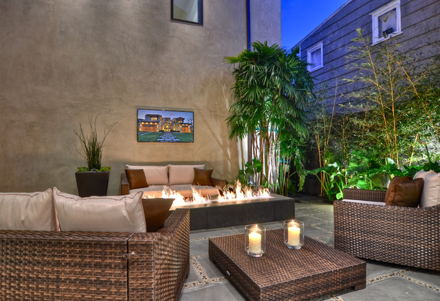 Snug Harbor contemporary-patio